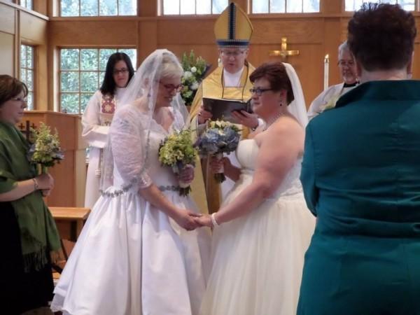 Shannon Johnston officiating at a gay wedding.jpg