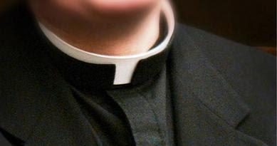 Priest's collar.jpg