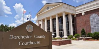 Dorchester County SC Courthouse.jpg