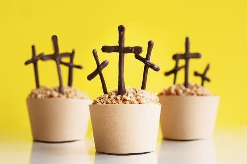 Cross cupcake.jpg