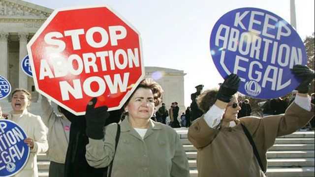 Abortion protests at US Supreme Court.jpg