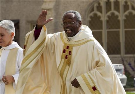Michael Curry (2).jpg