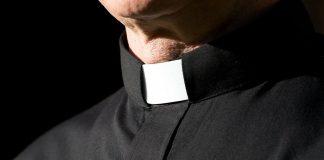 clergy-collar-1.jpg