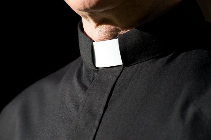 clergy-collar-1.jpg