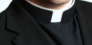 clerical-collars-2.jpg